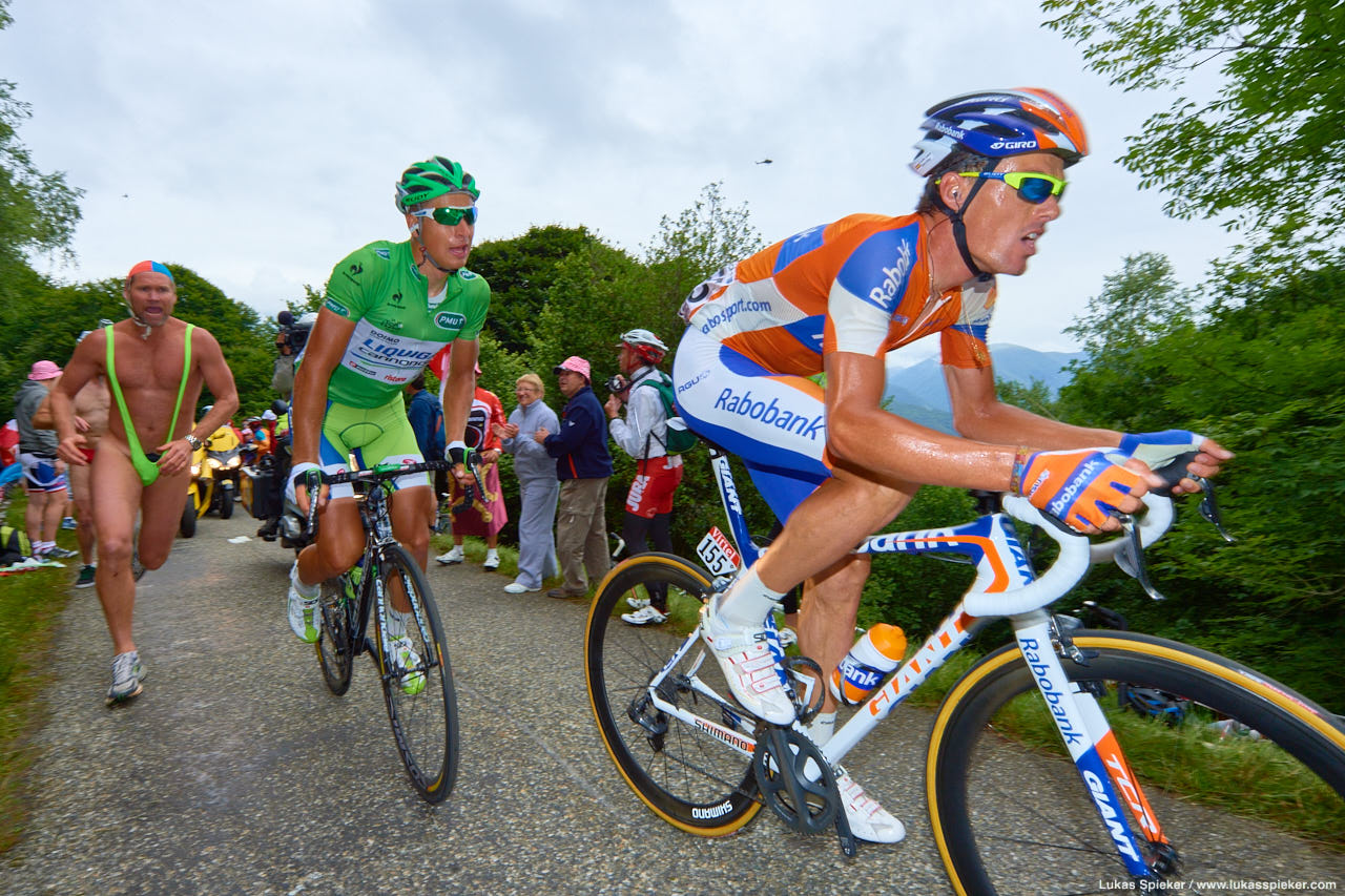 Luis-Leon Sanchez of team Rabobank and Peter Sagan of team Liquigas ascent at the Mur de Péguère pass in the Pyrenees during the 14th stage of the 99th Tour de France cycling race between Limoux and Foix, July 15, 2012.
