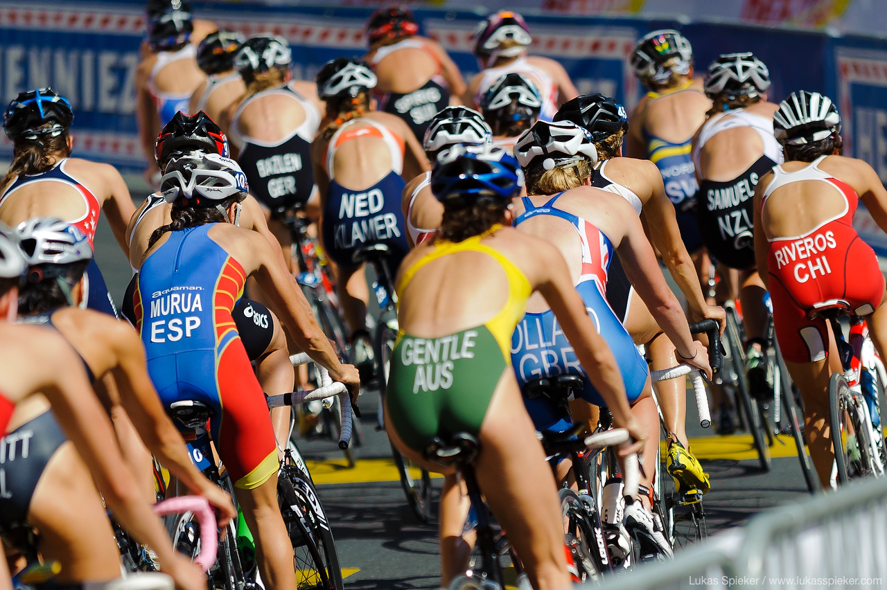 Triathletes compete at the Triathlon ITU World Championship in Lausanne, August 20, 2011.